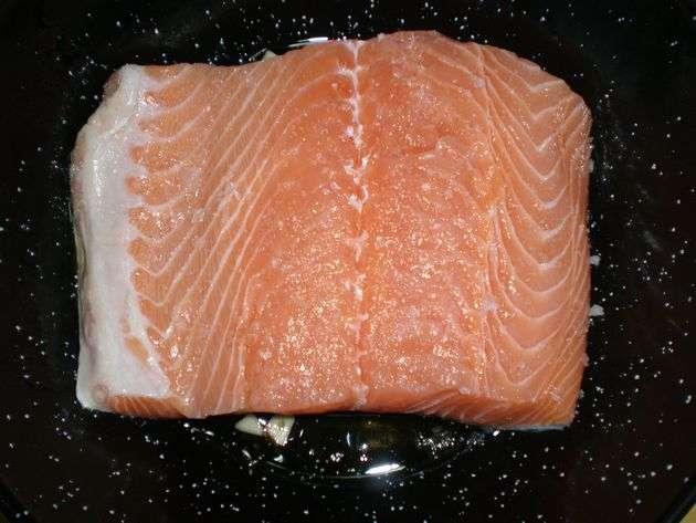 salmón friendose
