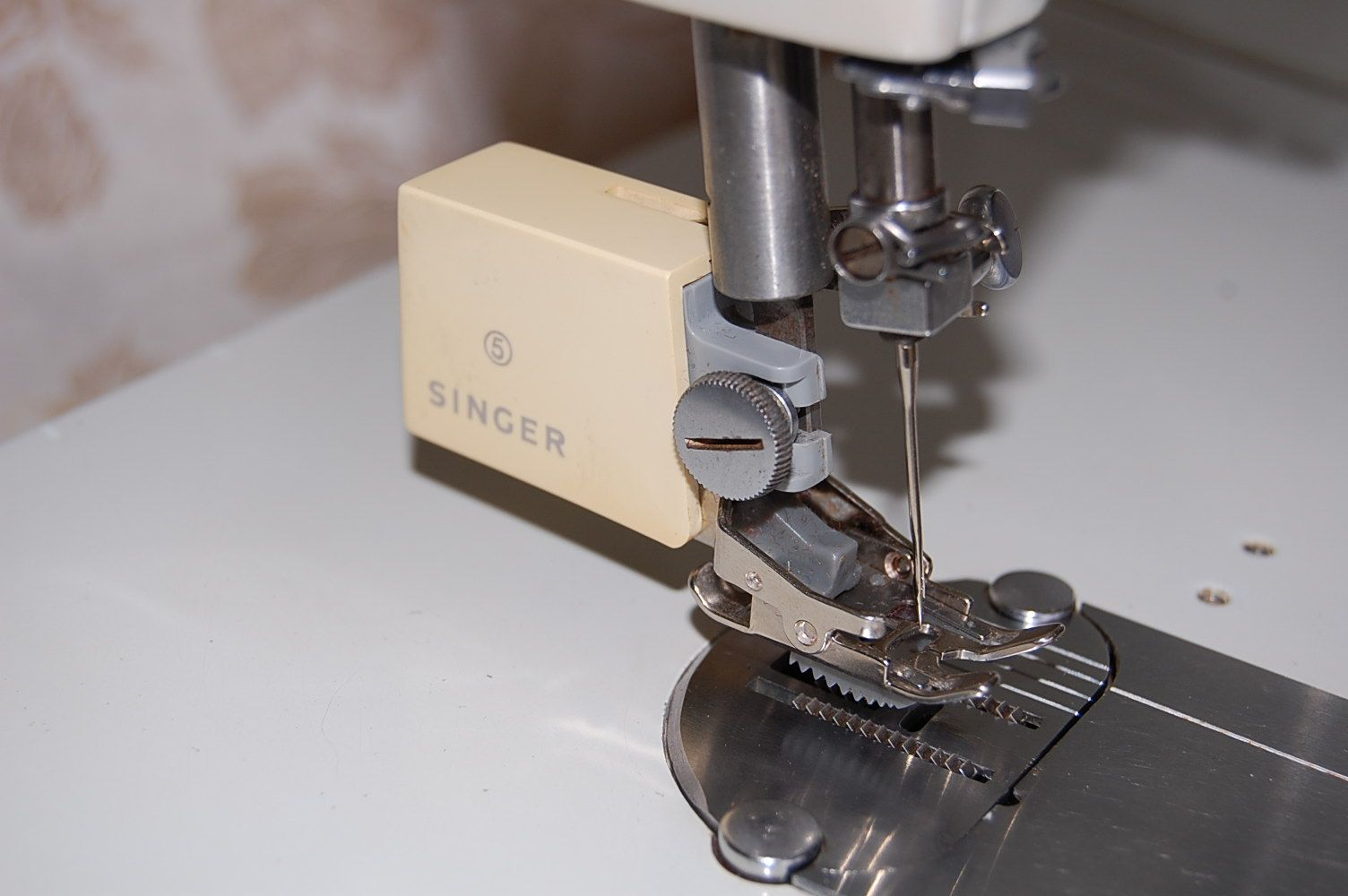 walking foot attachment for sewing machine